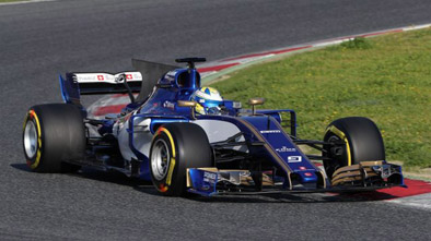 Lovely looking car-lets hope Sauber find some speed