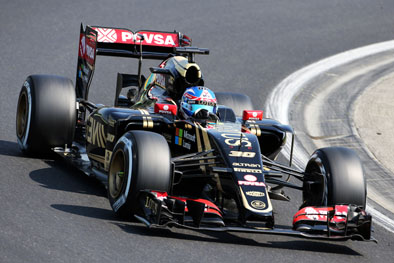 Jolyon Palmer steps up to a race seat in 2016