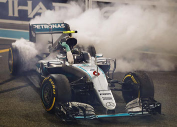 Rosberg celebrates his title in style