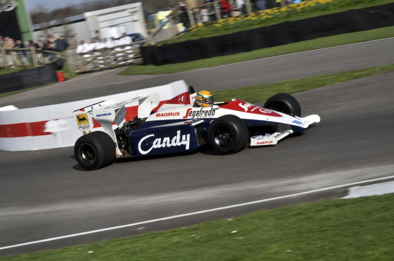 Turbo F1 Demo 19 David Alston Toleman TG184 Hart 2.jpg