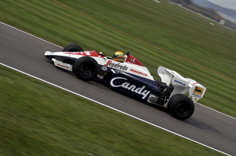 Turbo F1 Demo 19 David Alston Toleman TG184 Hart 4.jpg