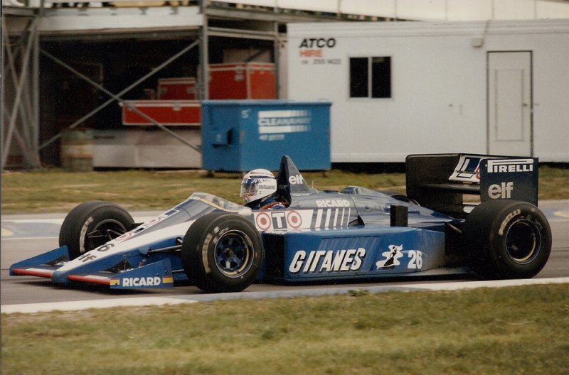 1986 Adelaide F1 26 Phillipe Alliot Ligier JS27 Renault 1.jpg