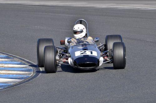 21_Peter_Barclay_Brabham_BT21A__1_.jpg